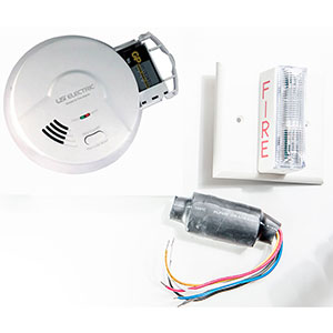 USI 120 Volt Ionization Smoke Alarm & Strobe Kit for Hearing Impaired (2453)